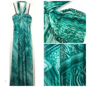 NWT laundry by Shelli Segal Chiffon Gown